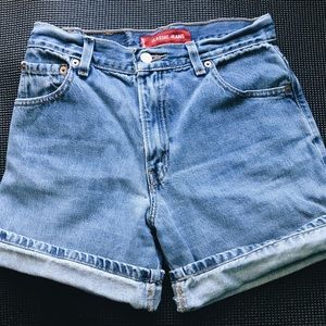 Levi's Classic Fit Denim Shorts